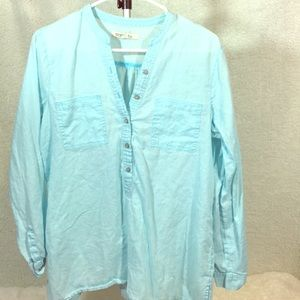 Beautiful aqua cotton/linen blend shirt